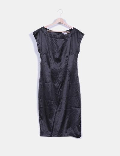 Vestido negro satinado sin mangas Zara