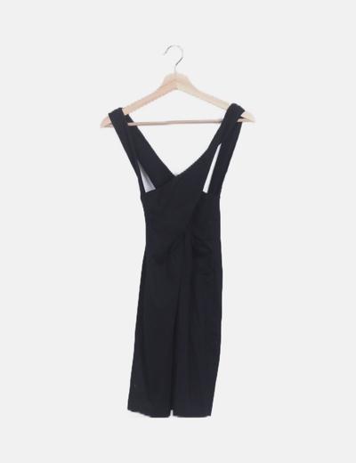 Vestido negro tirantes cruzados