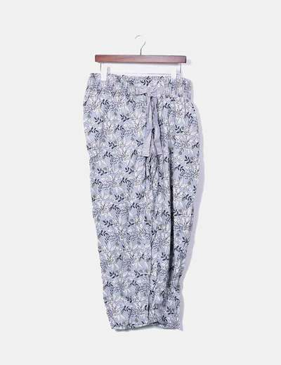 Pantalón gris estampado floral