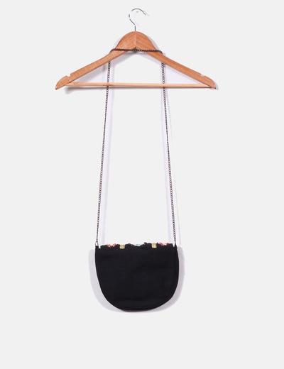 Mini bolso negro detalle abalorios solapa