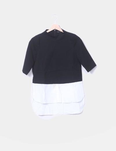 Camiseta combinada negra y blanco