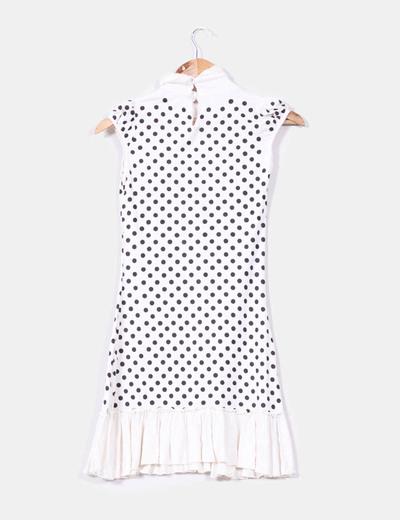 Vestido blanco de topos negros