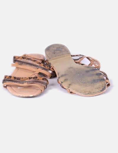 Sandalias planas animal print de tiras