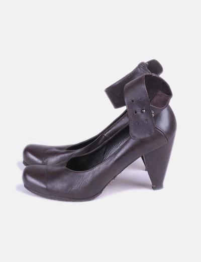 Scarpe con tacco Hakei