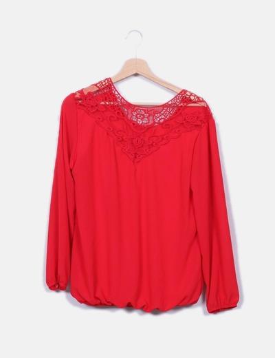 Blusa roja abullonada NoName