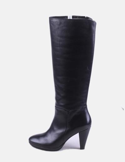 Maxi bota alta negra con tacón