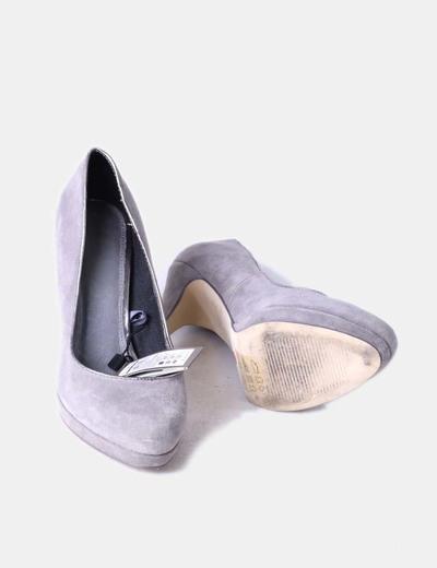 Zapatos de ante gris
