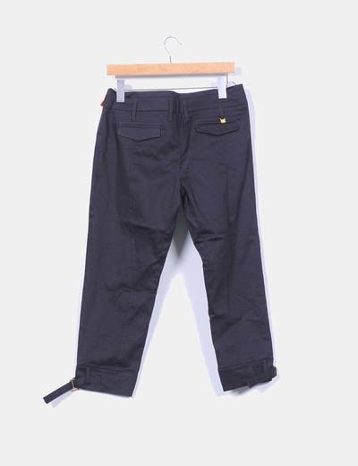 Pantalon negro tobillero