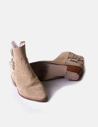 3a5ec61ad Zara Botines ante camel con tachas (descuento 41%) - Micolet