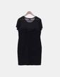 Vestido negro de manga corta con tachas plateadas H&M