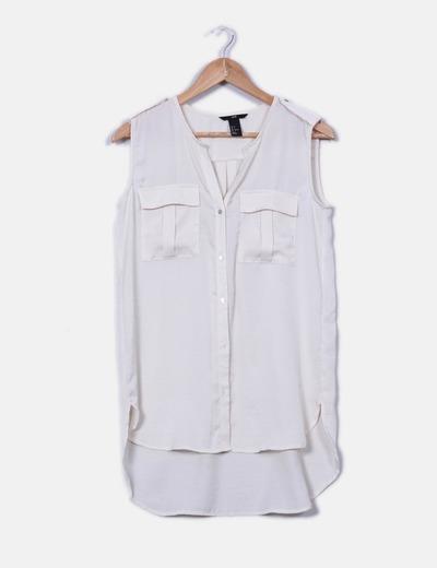 Blusa satinada crema tail hem H&M