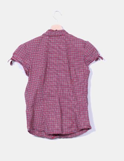 Blusa roja de cuadros