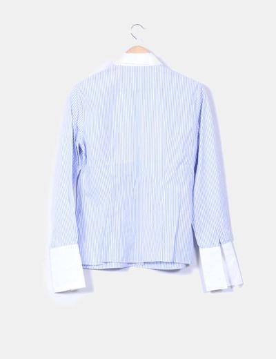 Camisa de rayas azules escote tablas
