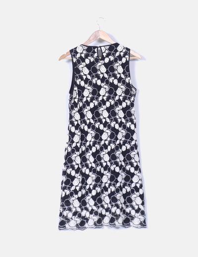 Vestido blanco y negro crochet
