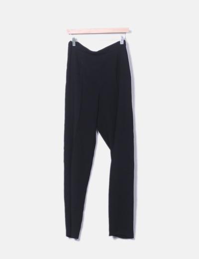 Pantalón de pinzas negro fluido Begoña Burgos