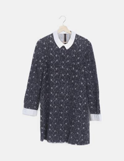 Vestido gris tricot detalle cuellos