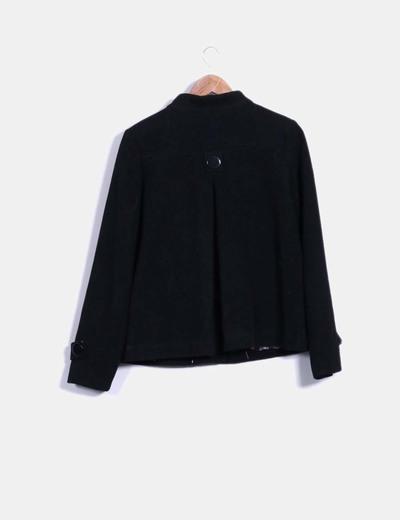 Abrigo negro de pano
