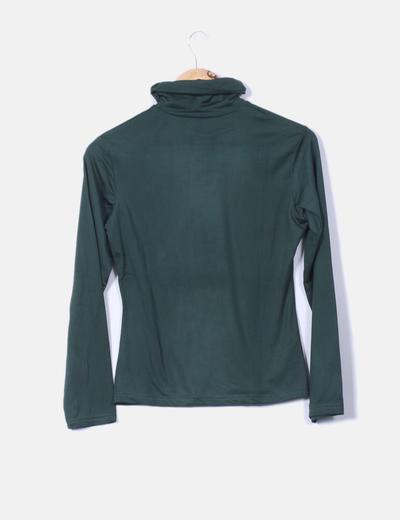 Camiseta verde botella con cuello