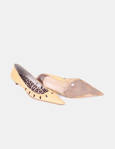 Zapatos amarillos troquelados