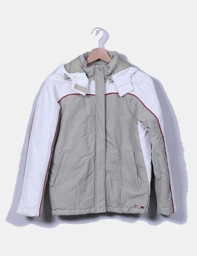 Chaqueta acolchada con capucha tricolor Zara