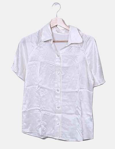 Camisa satinada cruda manga corta