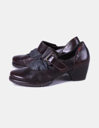 Chaussure marron en cuir Callaghan