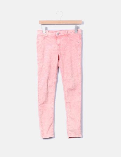 Jeans pitillo efecto desgastado Bershka