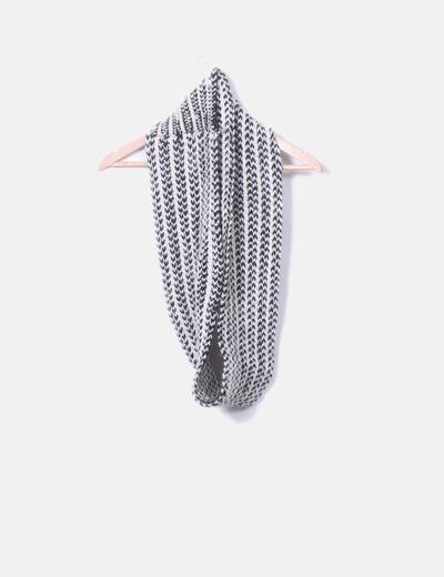 Cuello punto bicolor