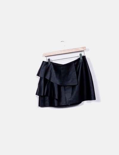 Mini saia de imitação de couro preta Zara