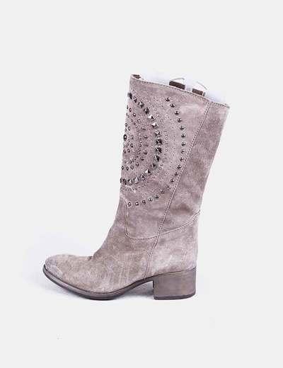 En daim boot avec clous gris NoName