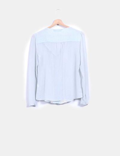 Blusa azul transparente con topos