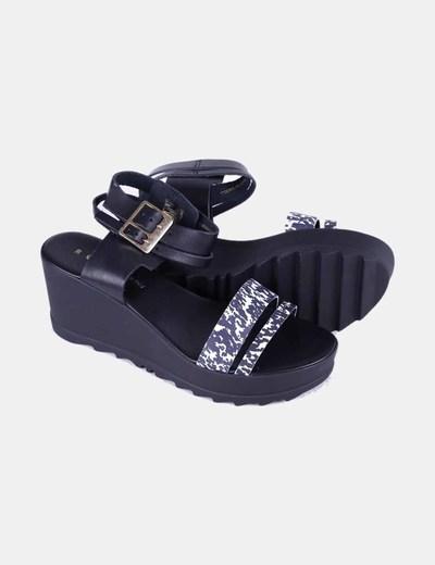 Sandalias plataforma cuero negro