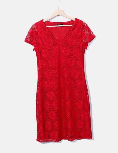 Vestido rojo crochet cuello pico