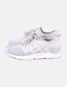 61315f04ec Sapatos esportivos bege asics tiger gel -yy v Asics