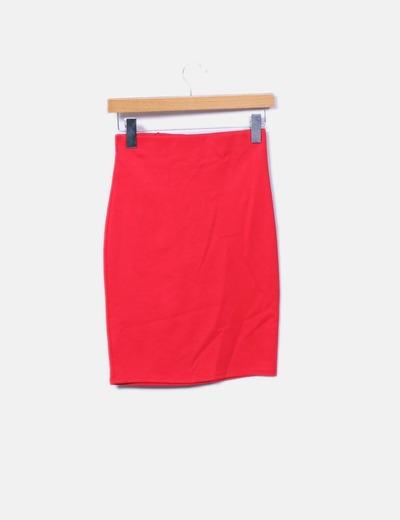 Falda tubo midi roja con volante