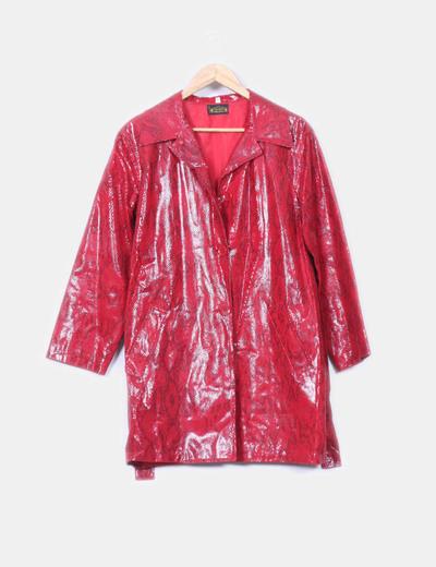 Abrigo rojo texturizado serpiente Milano