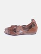 Sandalia marrón troquelada Pikolinos