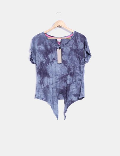 Top tie dye gris con lazo Noisy May