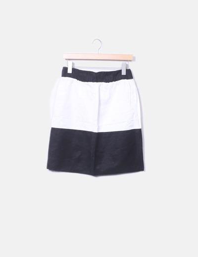 Falda combinada negra y blanca Zara