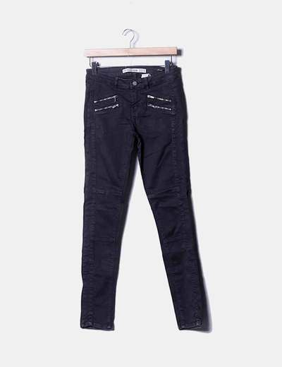 Pantalón skinny negro con cremalleras