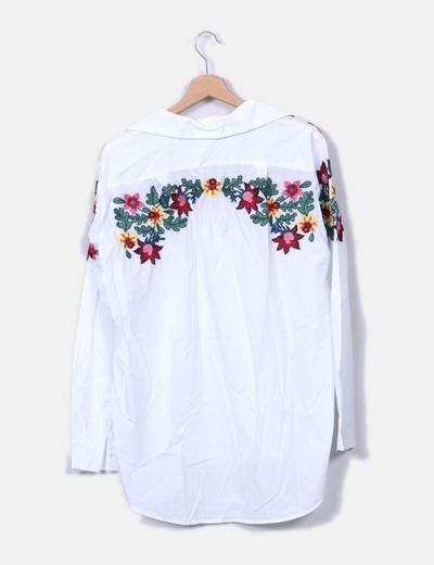 Camisa blanca bordado floral