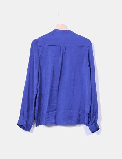 Blusa azul klein