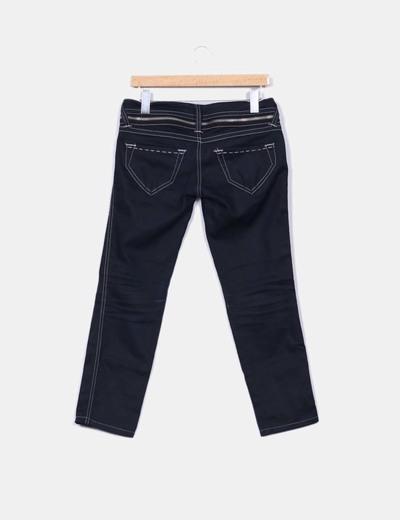 Jeans oscuro detalles cremalleras