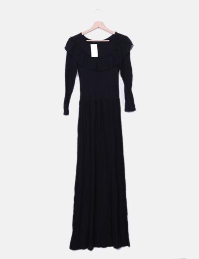 Vestido maxi negro volante