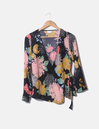 Blusa negro floral