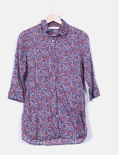 Camisa azul floral Stradivarius