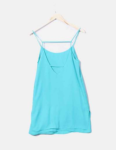 Vestido Azul Turquesa Con Escote En La Espalda