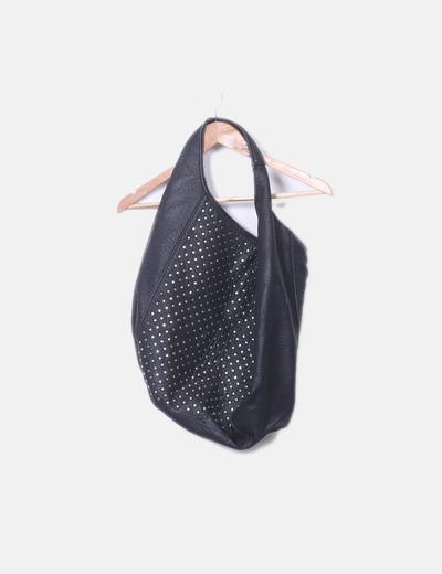 Bolso shopper negro con  tachas Zara