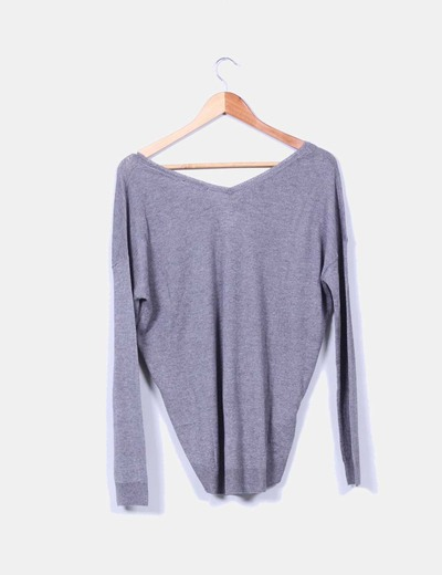 Jersey gris escote pico