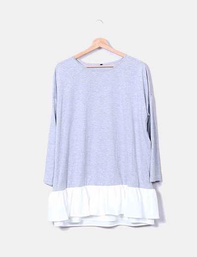 Vestido gris oversize bajo combinado